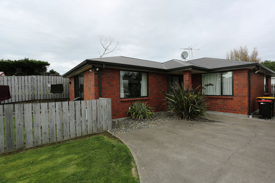 Property For Sale in Kew