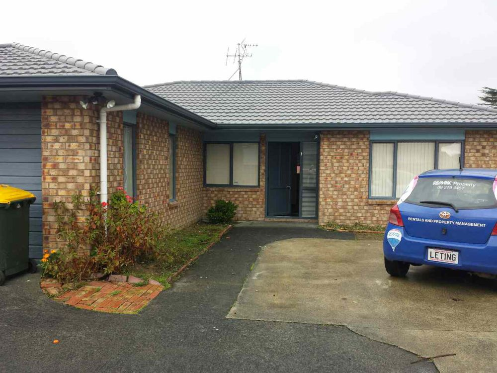 Property in Papatoetoe South - $680 Weekly