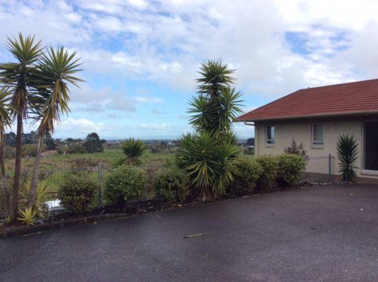 Property in Papakura - $300 Weekly