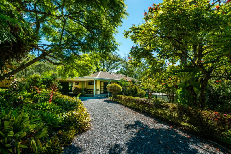 Absolute privacy with 3 ac personal pristine rainf